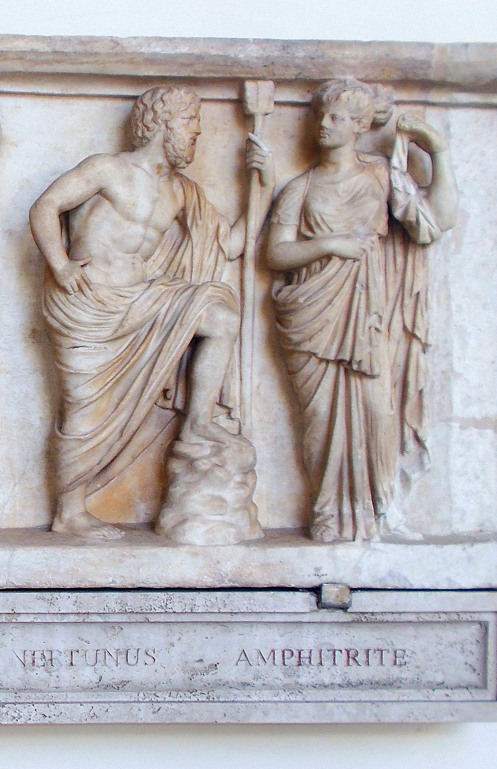 Rilievo con Nettuno e Anfitrite, Museo Nazionale Romano di Palazzo Altemps, Roma (di A. Patti).